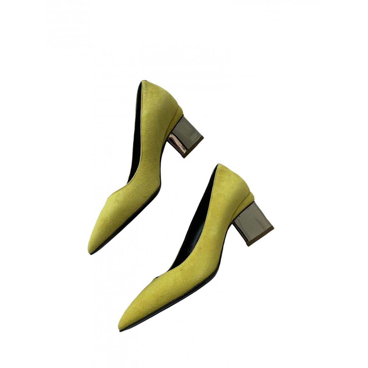 Nicholas Kirkwood - Escarpins   pour femme en suede - jaune