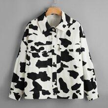 Abrigo con estampado de vaca con bolsillo con solapa cono boton