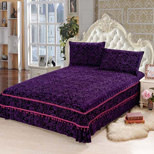 Noble European Jacquard Style Polyester Brown Bed in a Bag