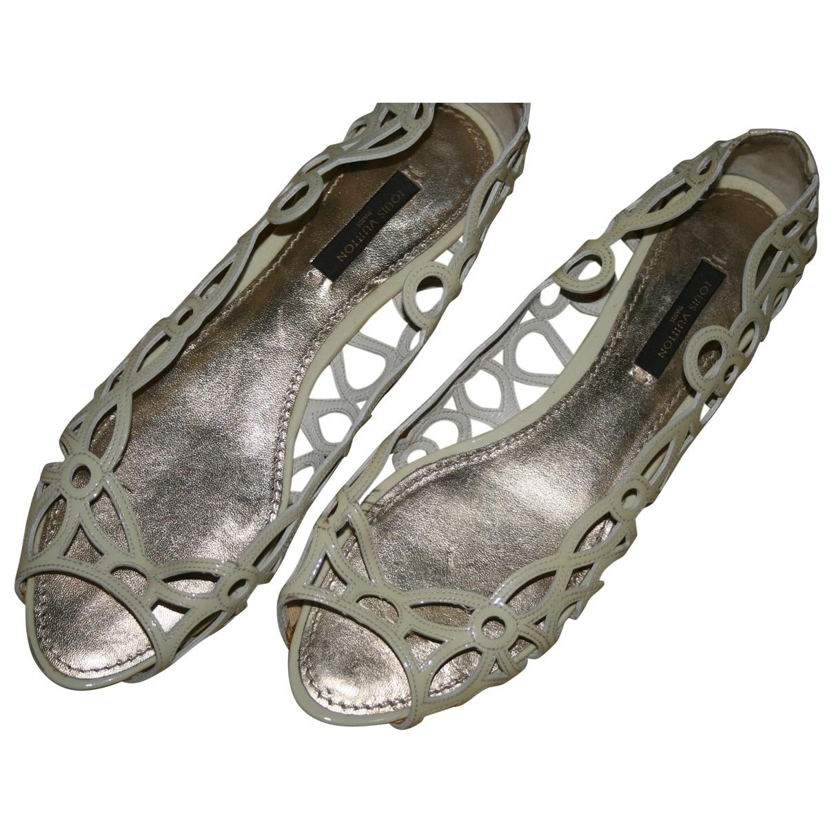 Louis Vuitton - Sandales   pour femme en velours - beige