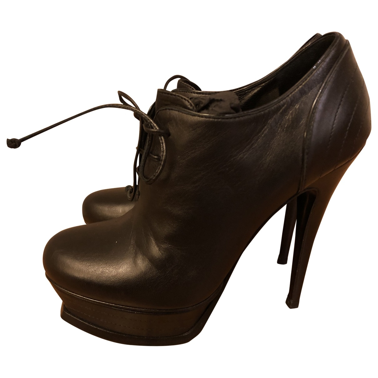 Yves Saint Laurent \N Black Leather Ankle boots for Women 37 EU