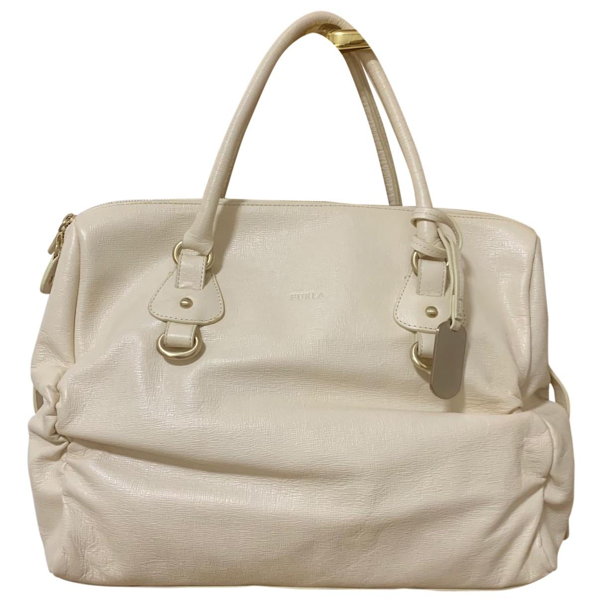 Furla \N Handtasche in  Ecru Leder