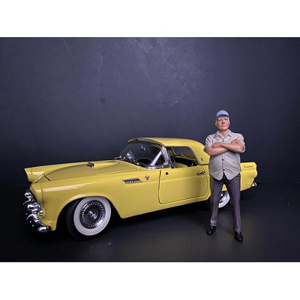 Weekend Car Show Figurine II for 1/18 Scale Models by American Diorama