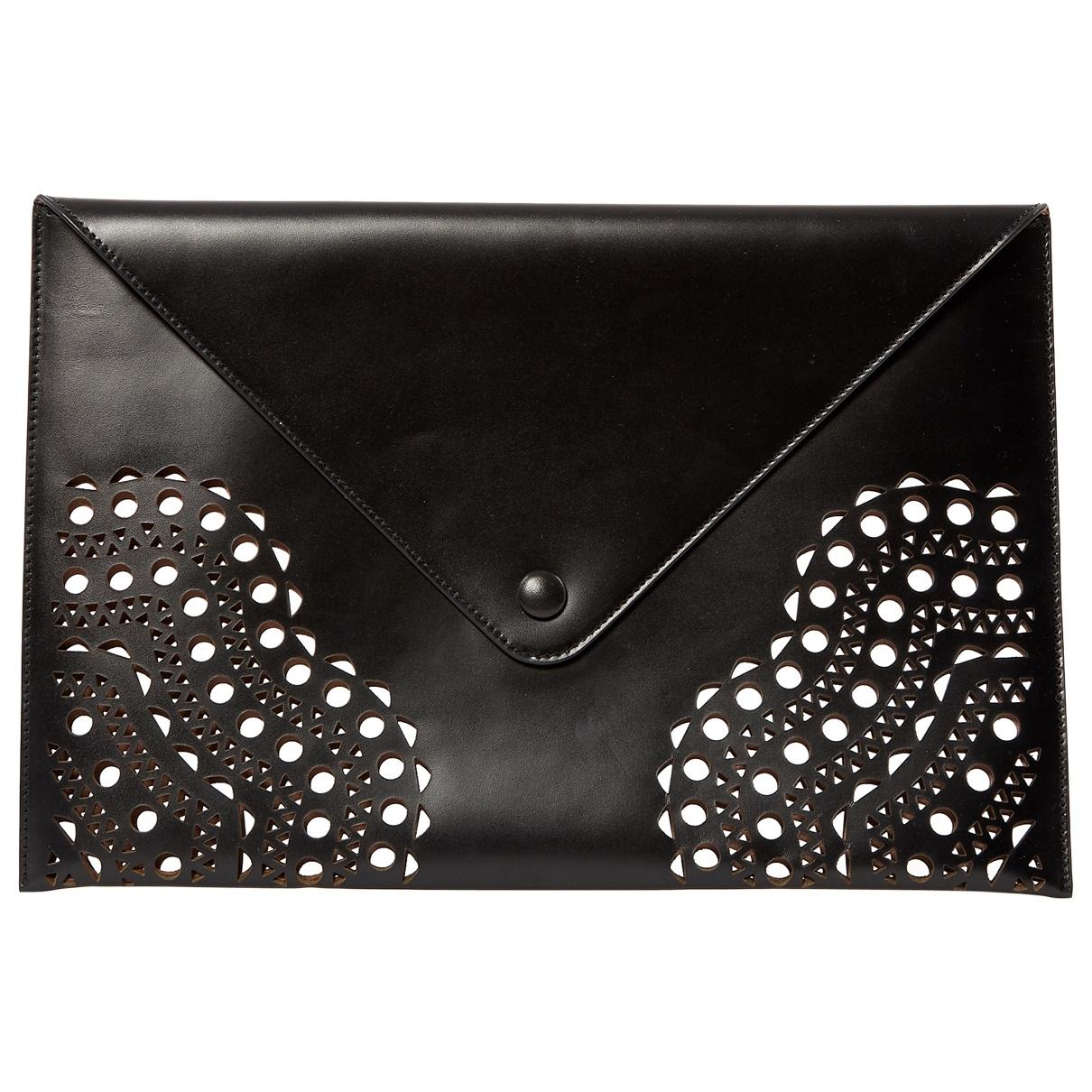 Alaia \N Clutch in  Schwarz Leder