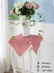 Lace Trim Gingham Tablecloth