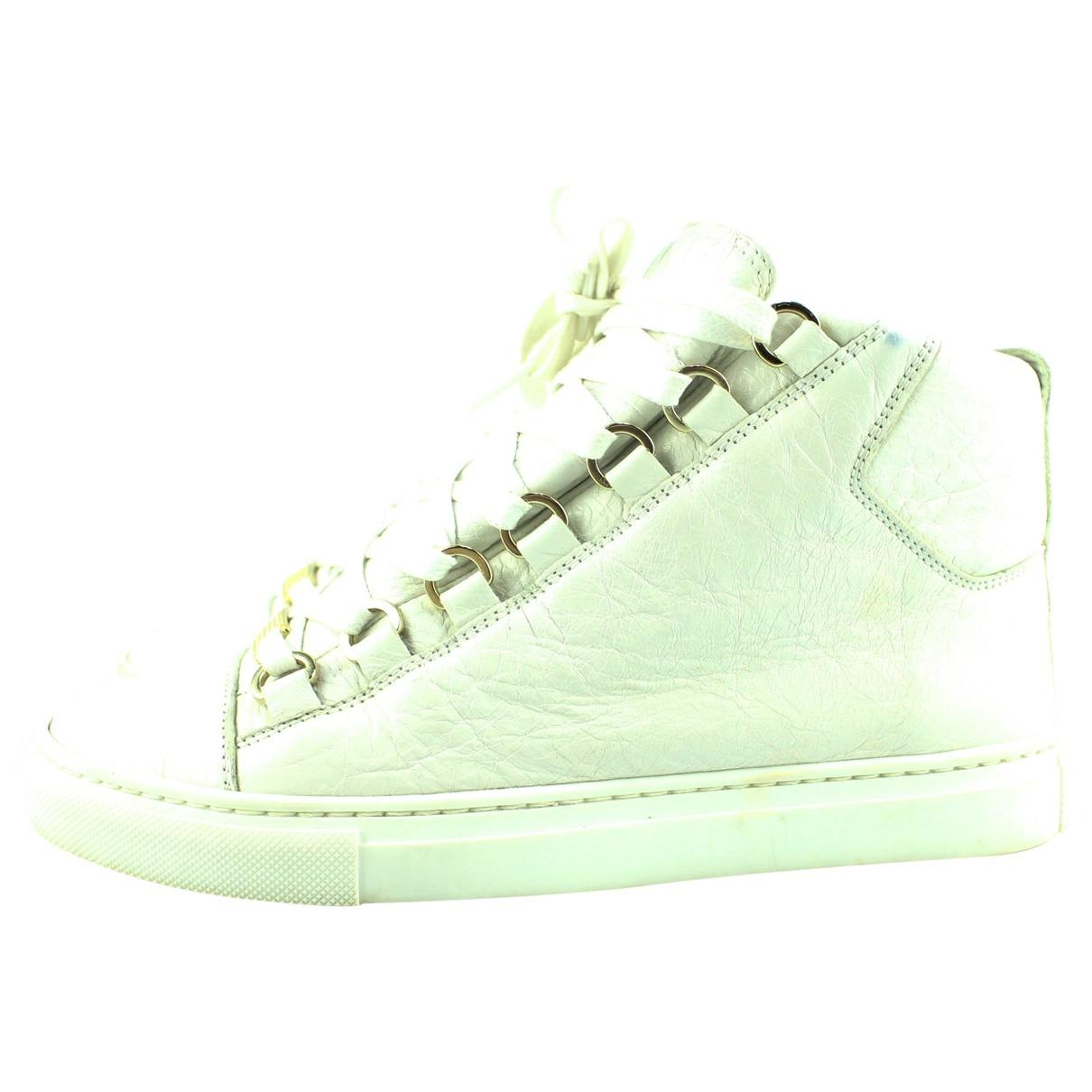 Balenciaga \N Sneakers in  Weiss Leder