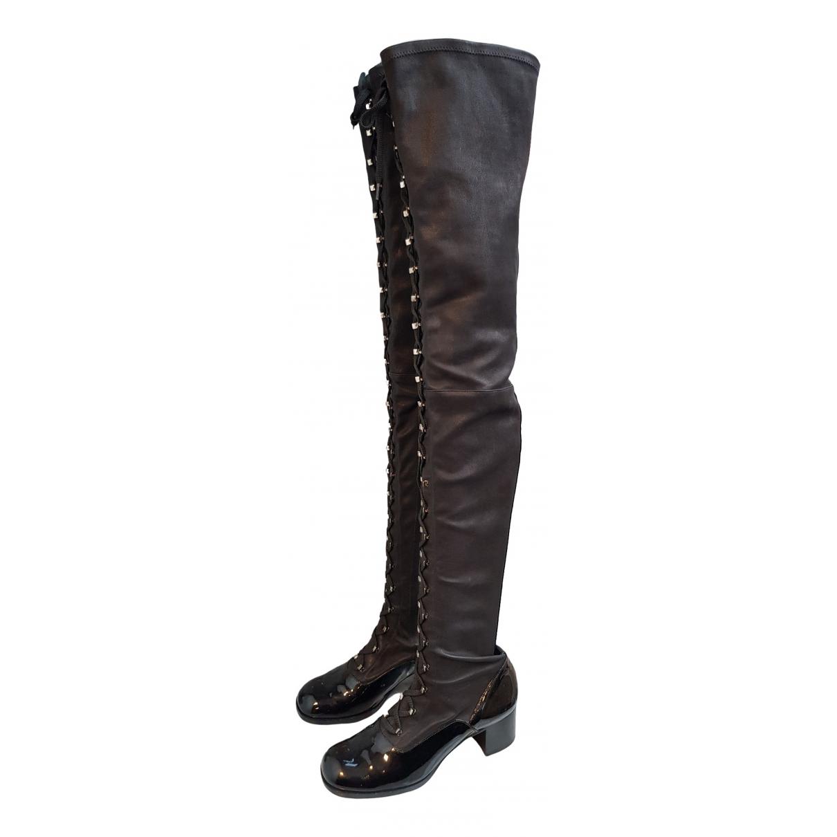 Chanel \N Stiefel in  Schwarz Leder