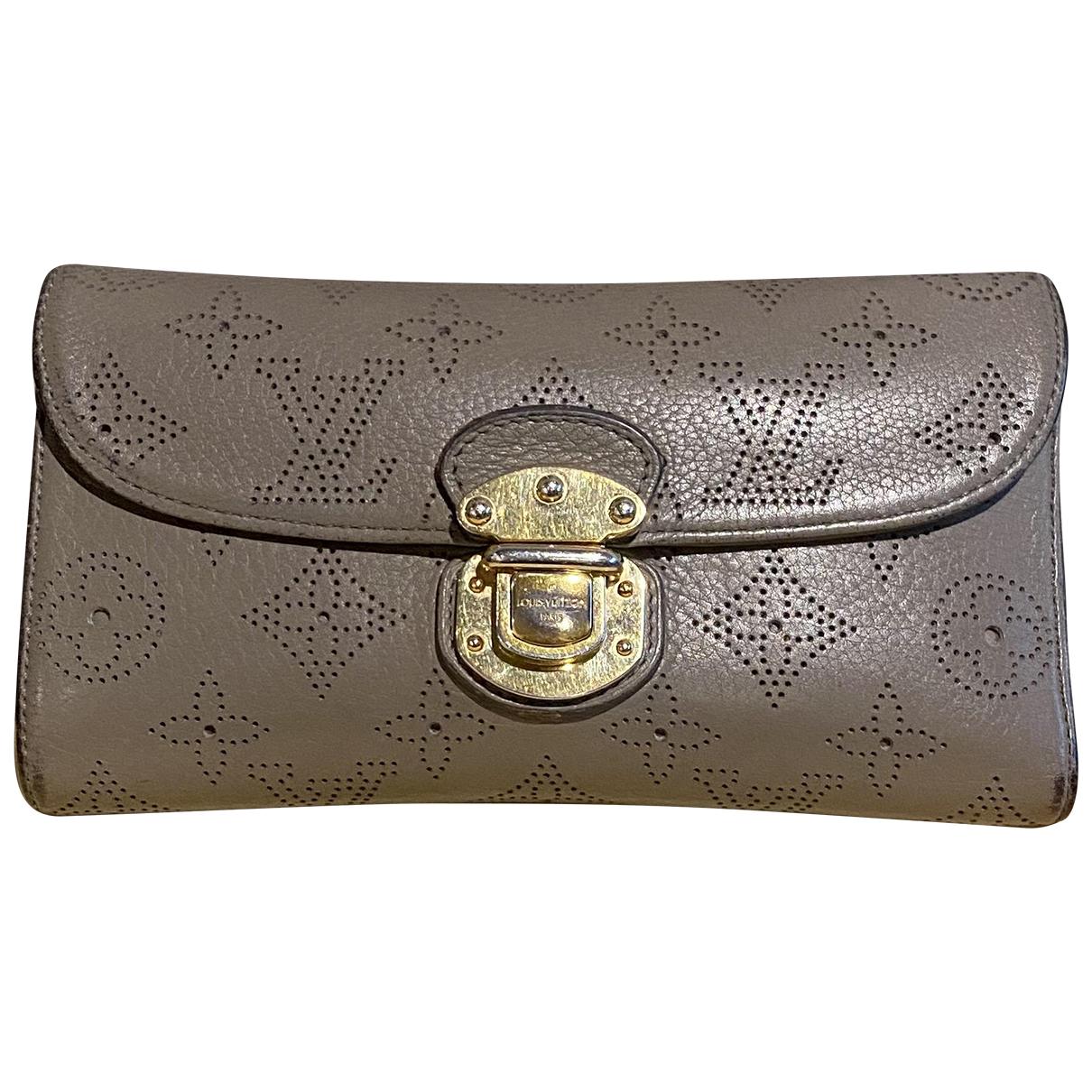 Louis Vuitton Mahina Grey Leather wallet for Women \N