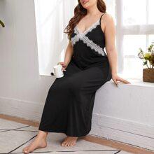 Camison de Talla Grande Encaje en contraste Monocolor Negro Elegante