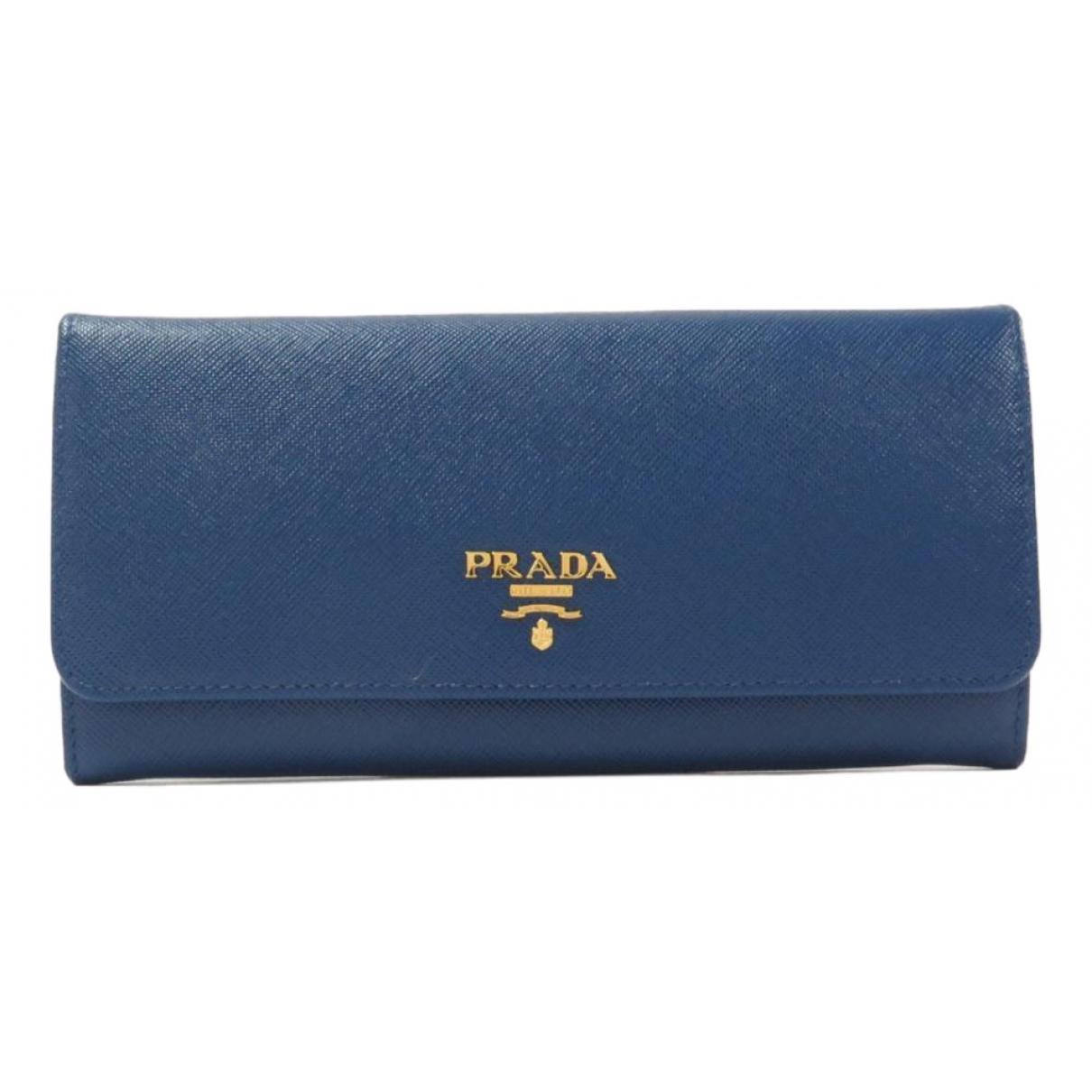 Prada \N Portemonnaie in  Blau Leder