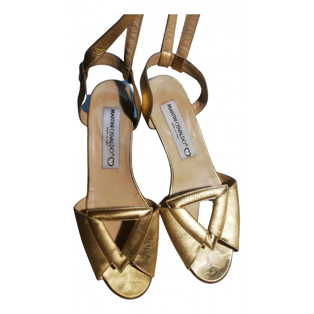 Non Signe / Unsigned \N Sandalen in  Gold Leder