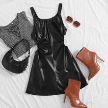 PU Leder Cami Kleid mit niedriger Rueckseite, Ruesche und Ausschnitt