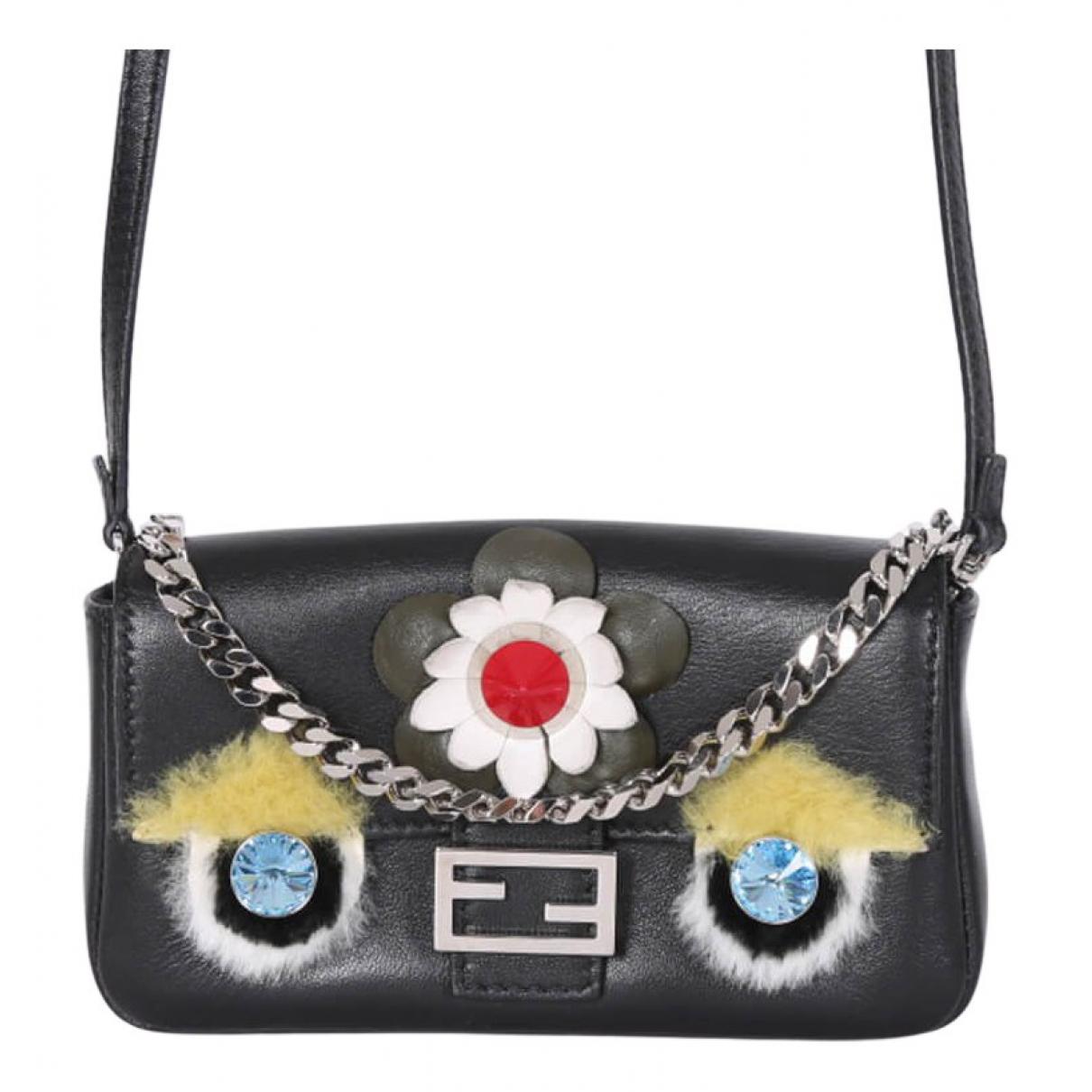 Fendi Baguette Black Leather handbag for Women \N