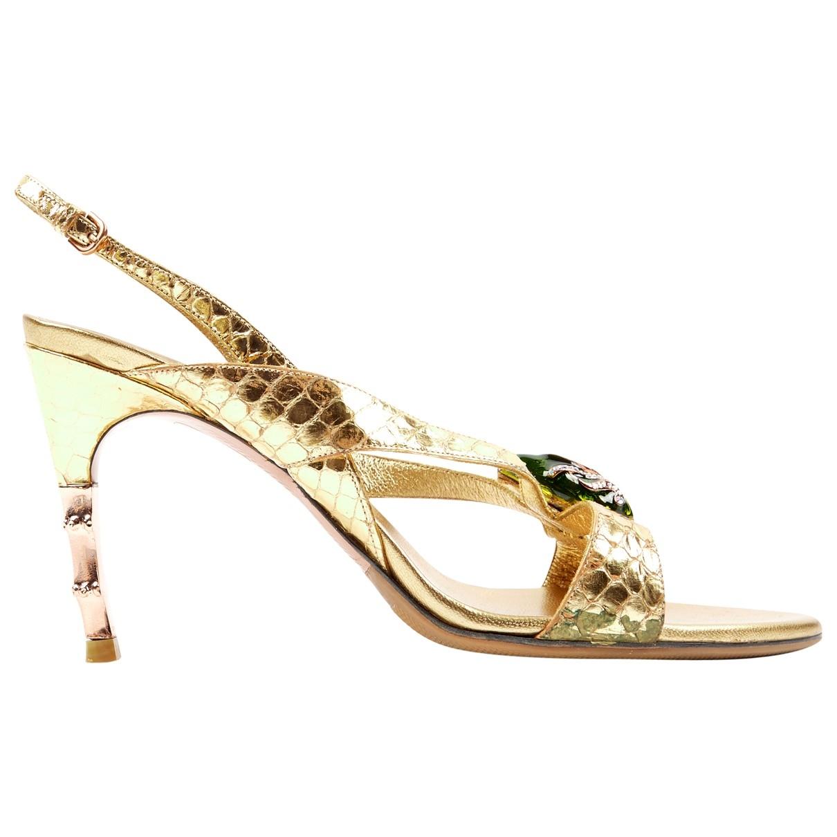 Gucci \N Gold Crocodile Sandals for Women 39 EU