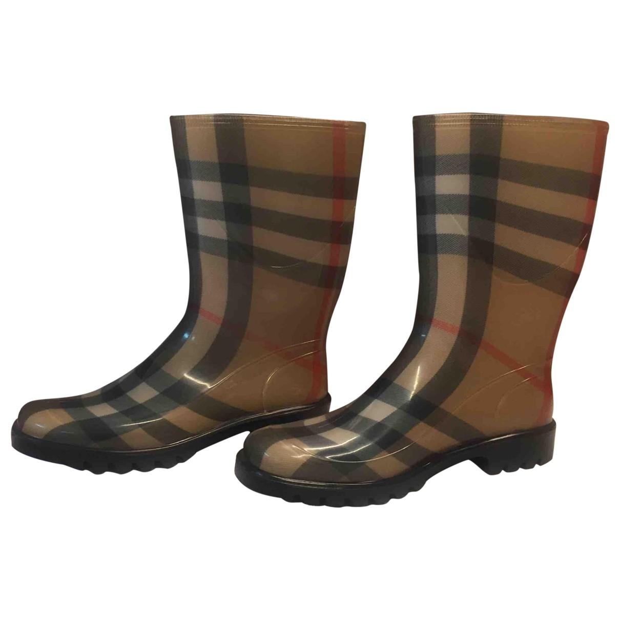Burberry \N Stiefel in  Khaki Kunststoff