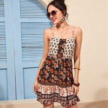 Cami Kleid mit aztekischem Muster, Kordelzug um die Taille und Raffungsaum