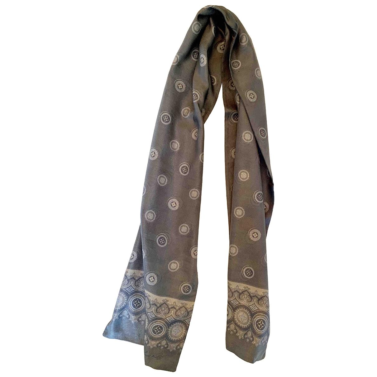 Louis Vuitton - Cheches.Echarpes   pour homme en soie - gris