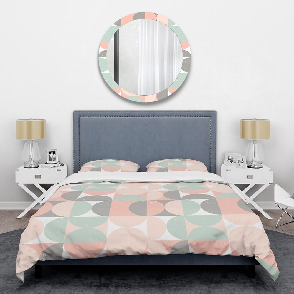 Designart 'Retro Pastel Circular Pattern II' Mid-Century Duvet Cover Set (Full/Queen Cover +2 Shams (comforter not included))
