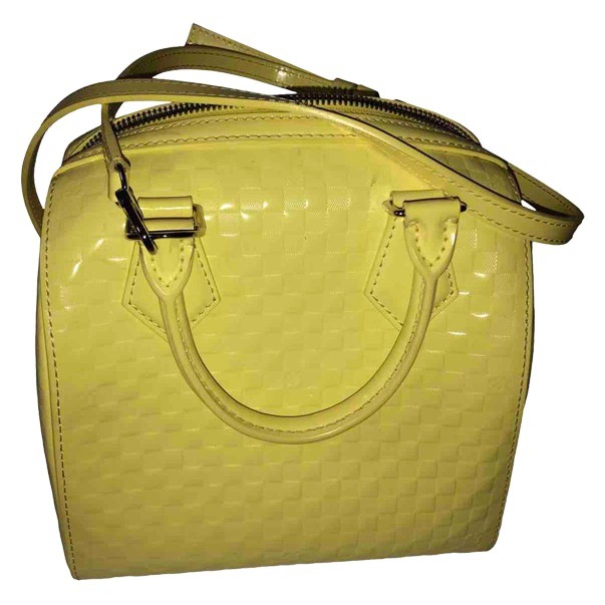 Louis Vuitton \N Handtasche in  Gelb Leder