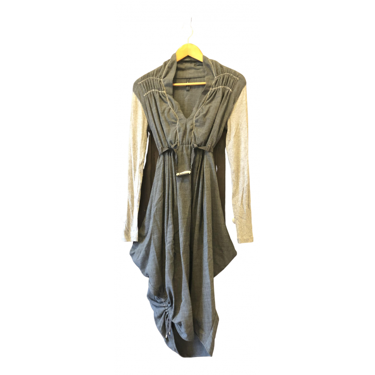 Claire Campbell \N Kleid in  Grau Polyester