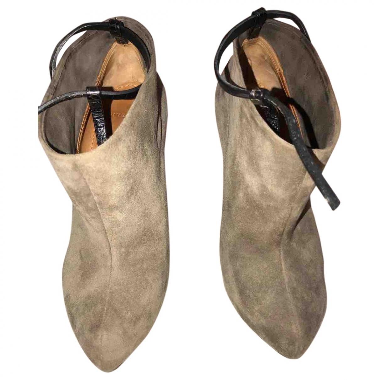 Givenchy - Boots   pour femme en suede - gris