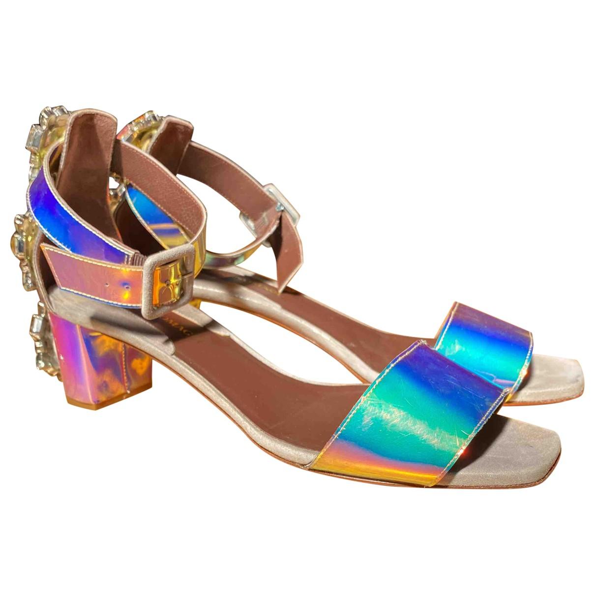 Sandalias de Cuero Bruno Magli