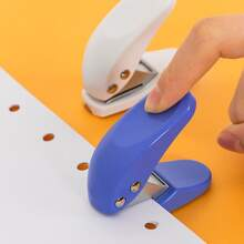 1pc Random Portable 6mm Single Hole Puncher