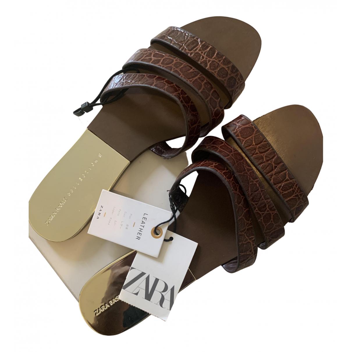 Zara - Sandales   pour femme en cuir - marron