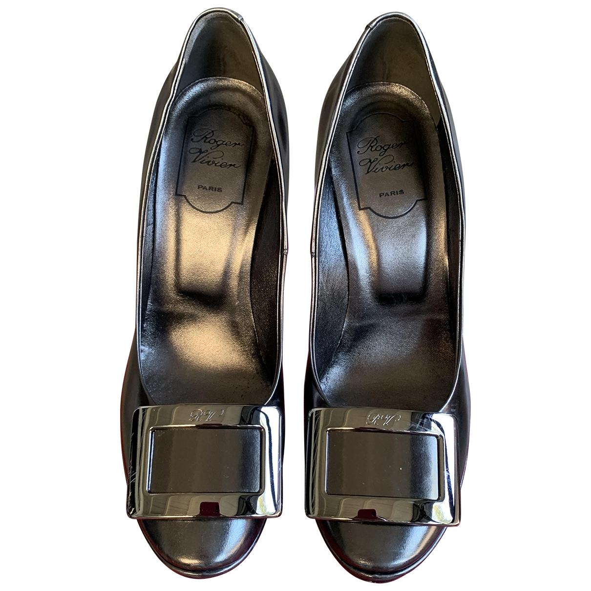 Roger Vivier \N Grey Patent leather Heels for Women 38 EU