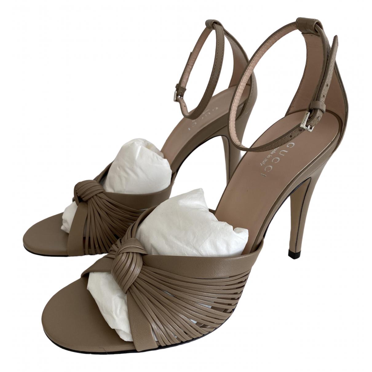 Gucci \N Beige Leather Sandals for Women 37.5 EU
