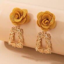Flower Decor Textured Metal Drop Earrings