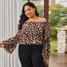 Schulterfreie Bluse mit Leopard Muster und Schosschenaermeln