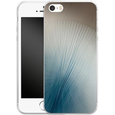 Apple iPhone 5 Silikon Handyhuelle - Blue Lines 2 von Joy StClaire