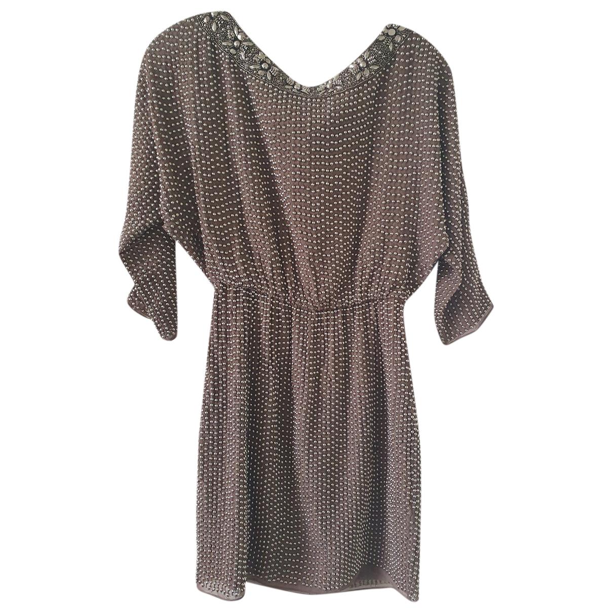 Needle & Thread \N Kleid in  Grau Polyester