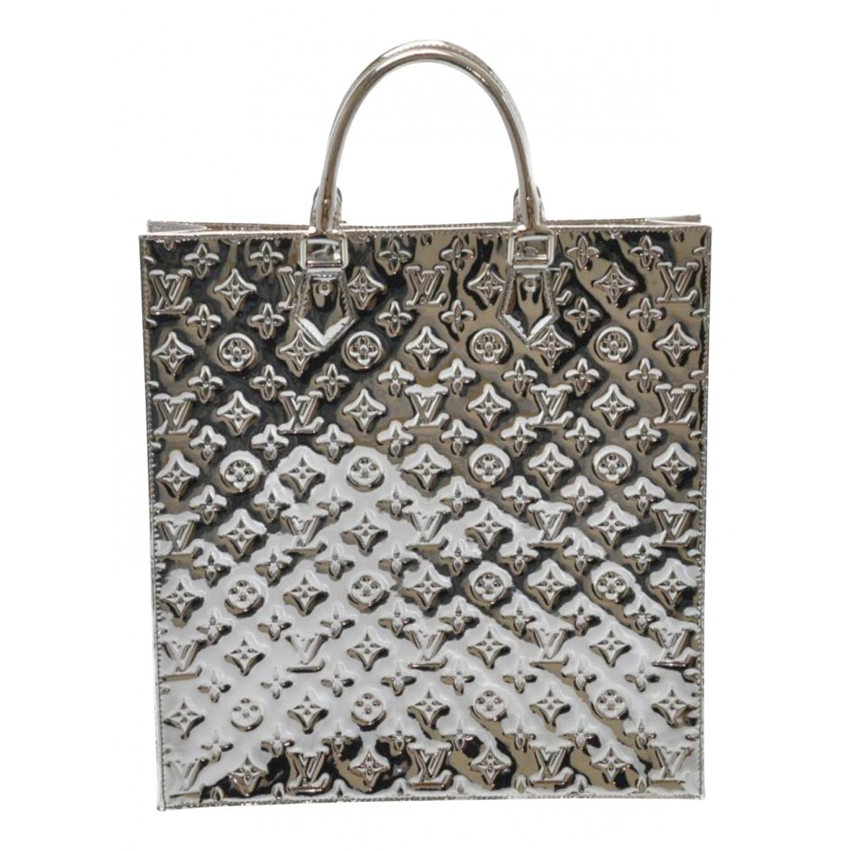 Louis Vuitton Plat Handtasche in  Silber Lackleder