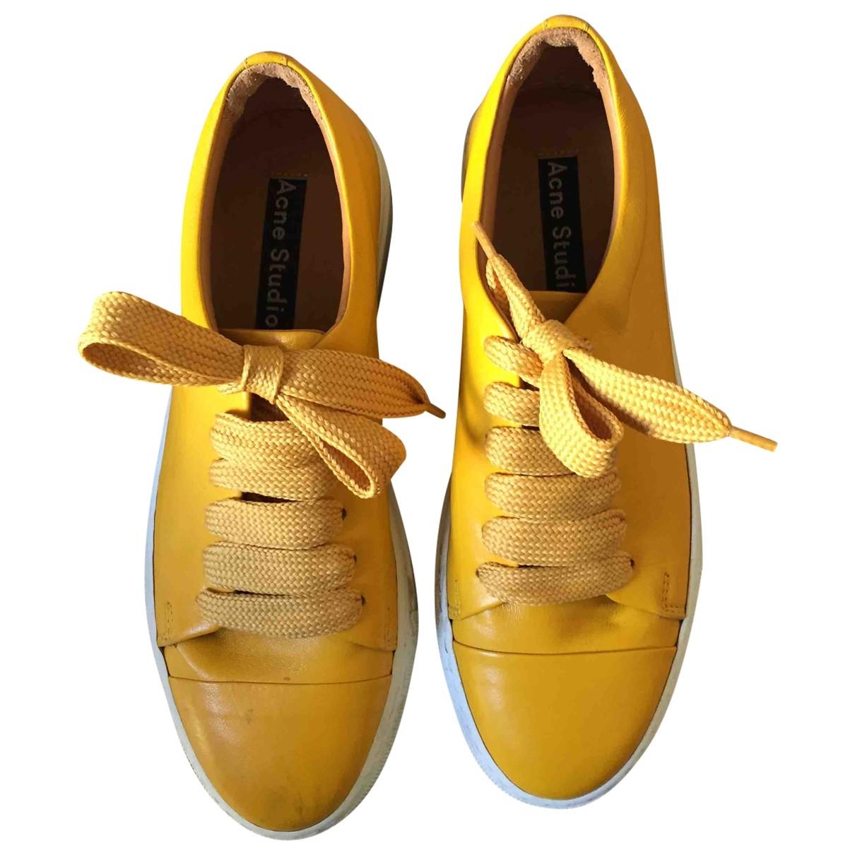Acne Studios \N Sneakers in  Gelb Leder