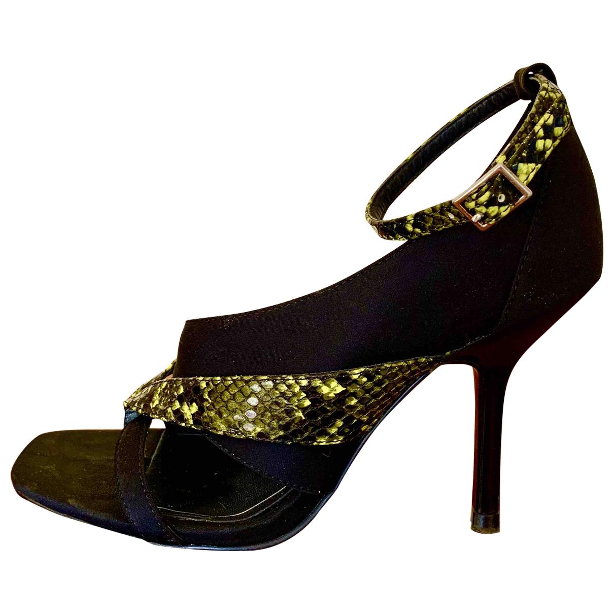 Zara \N Sandalen in  Schwarz Leinen