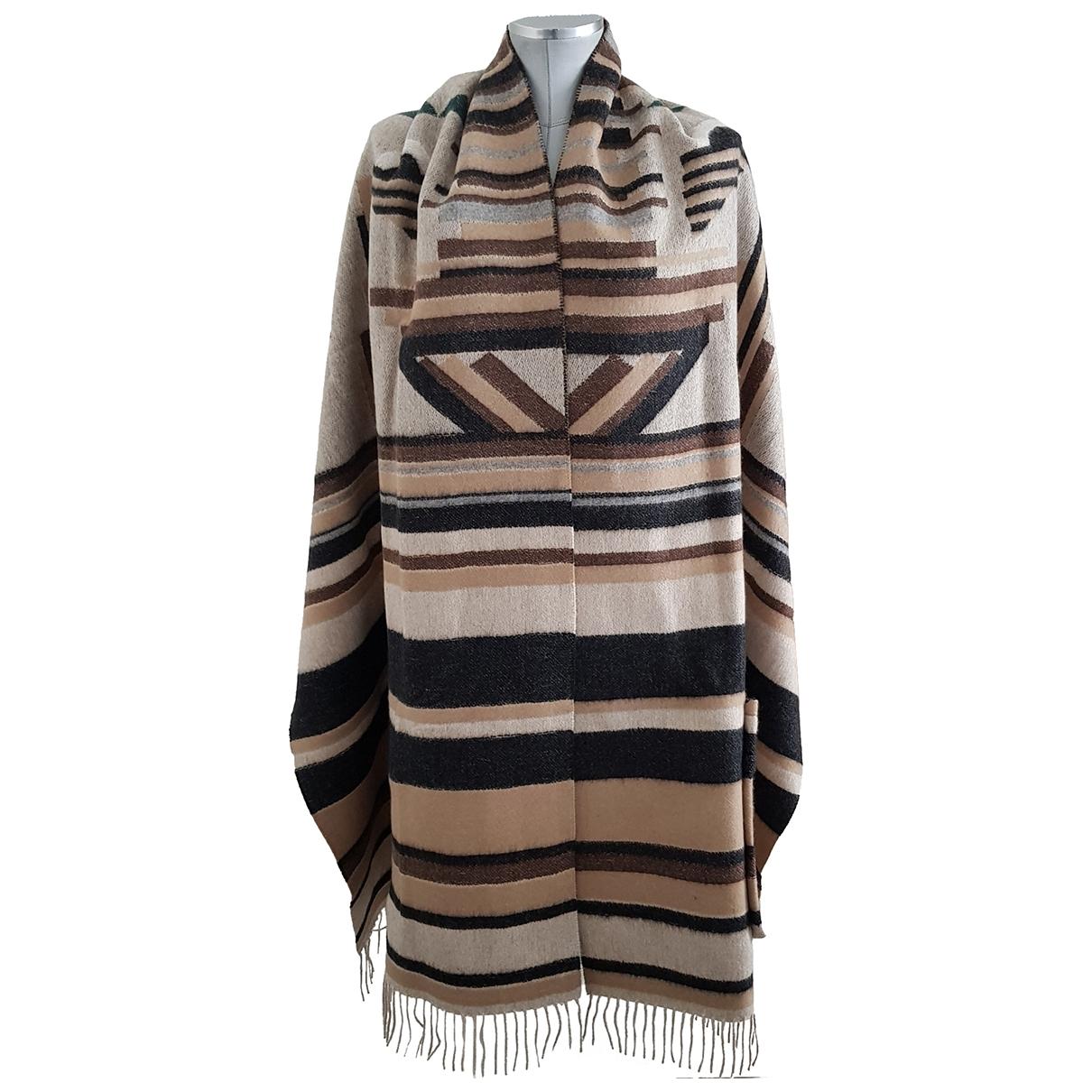 Fendi \N Beige Cashmere scarf for Women \N