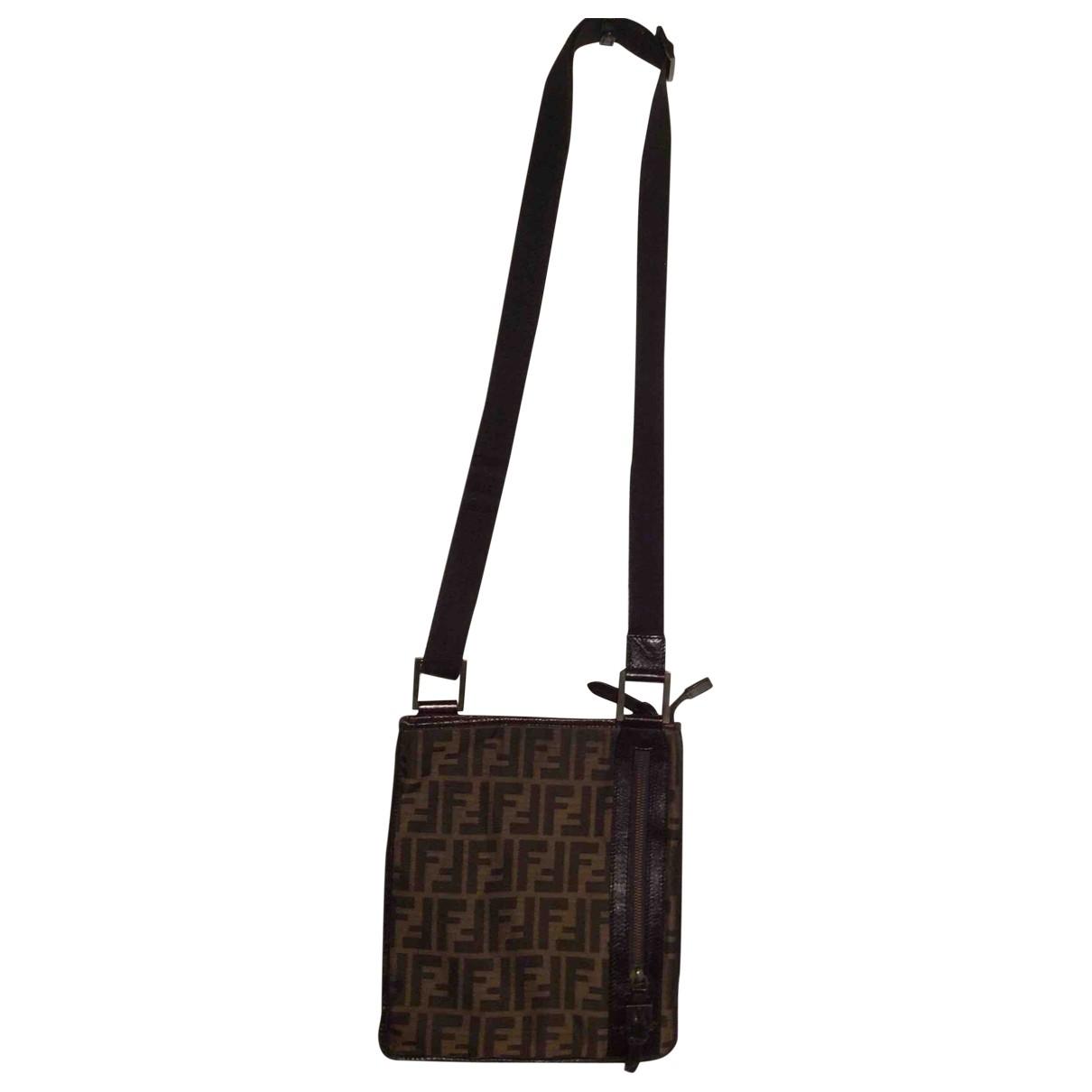 Fendi \N Taschen in  Braun Leinen