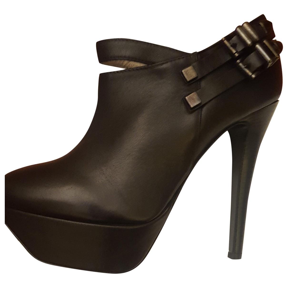Versace Jeans \N Black Leather Heels for Women 39 EU