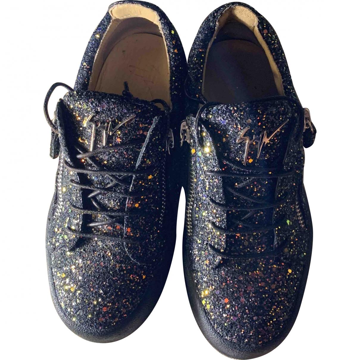 Giuseppe Zanotti Nicki Sneakers in  Blau Mit Pailletten