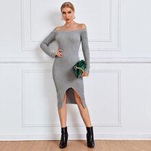 Schulterfreies Pulloverkleid mit Schlitz