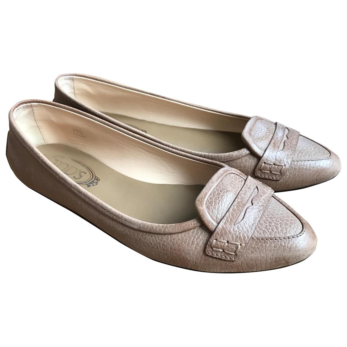 Tod's \N Beige Leather Flats for Women 39.5 EU