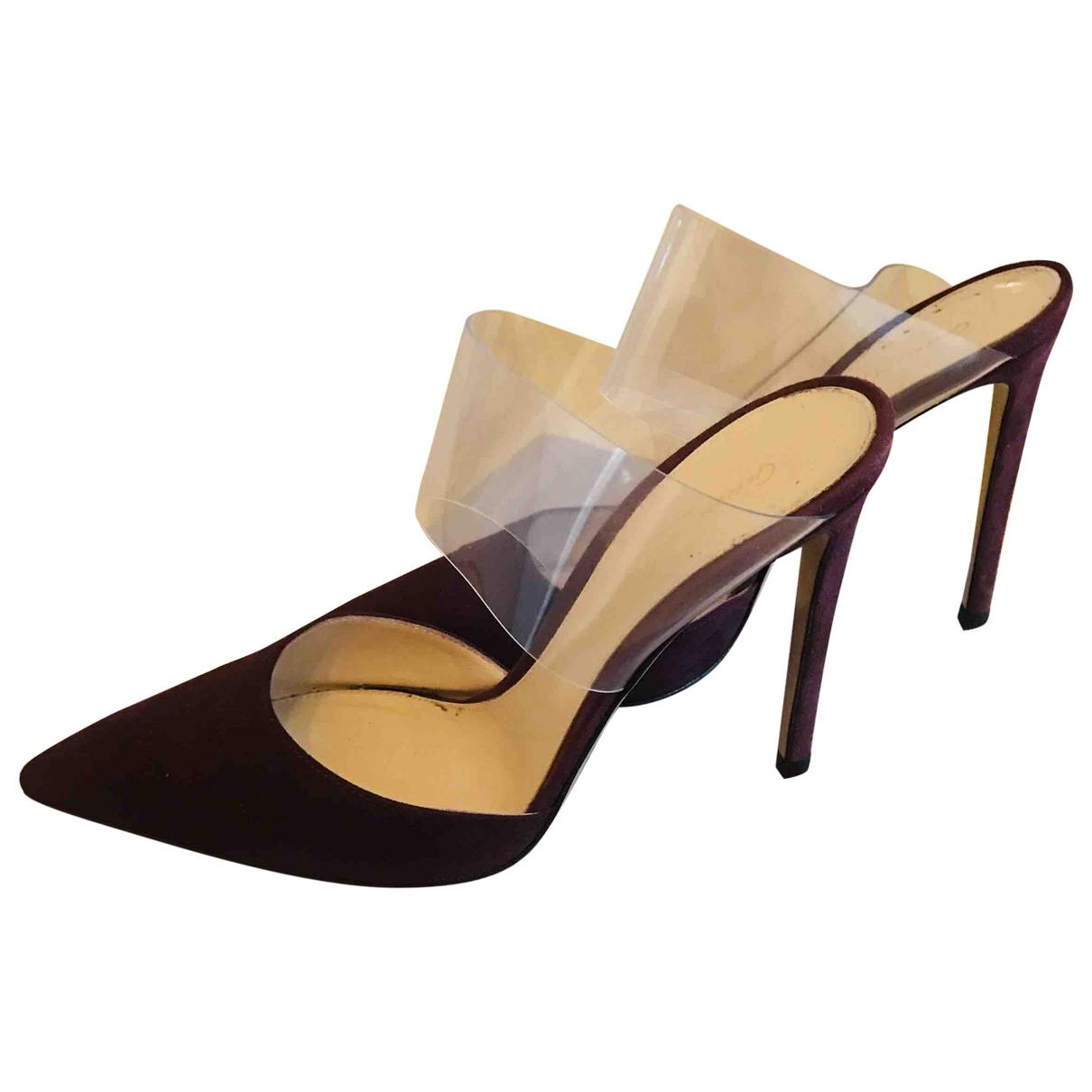 Gianvito Rossi \N Burgundy Suede Heels for Women 37.5 EU