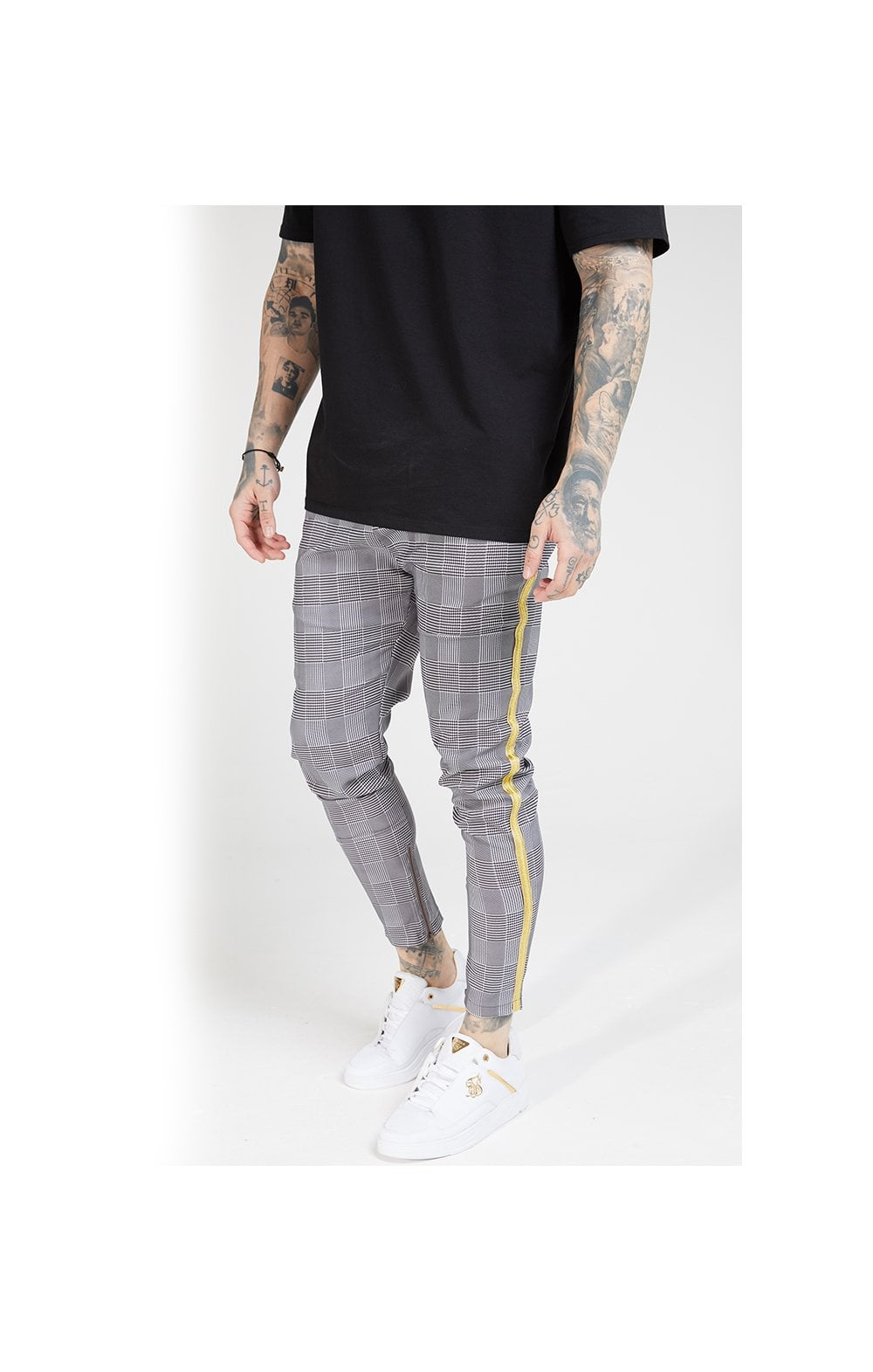 SikSilk Fitted Smart Tape Jogger Pant - Dogtooth  MEN SIZES BOTTOM: Sm