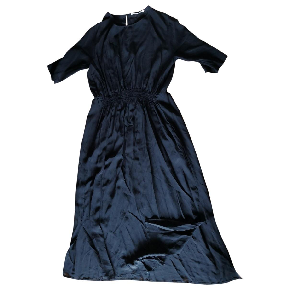 Pomandere \N Kleid in  Schwarz Seide
