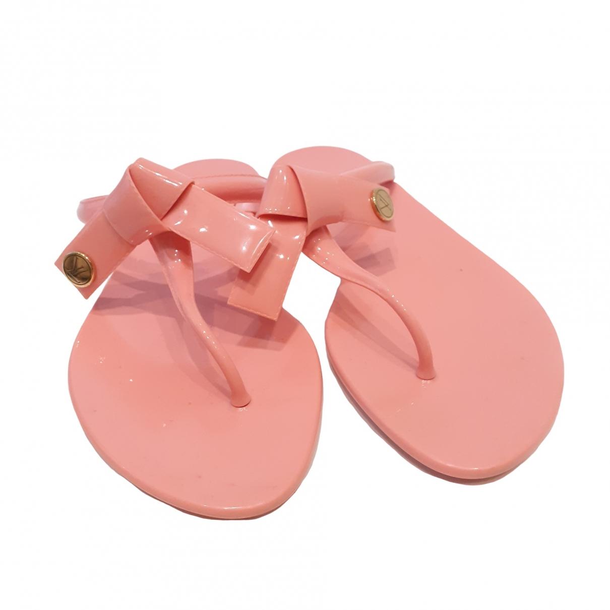 Louis Vuitton \N Pink Rubber Sandals for Women 37 EU