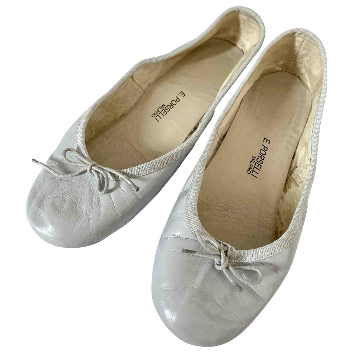 E Porselli \N Ballerinas in  Grau Leder