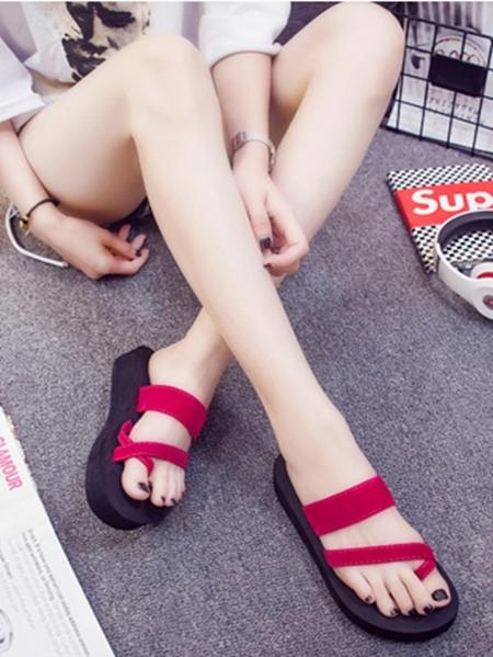 Yoins Criss-cross Open Toe Ring Slippers