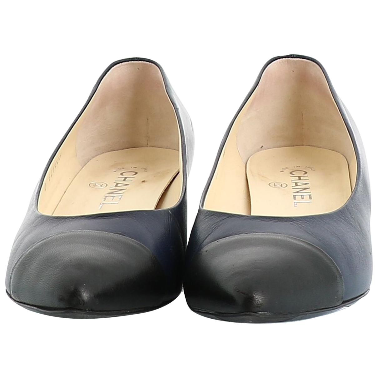 Chanel \N Navy Leather Heels for Women 39.5 EU